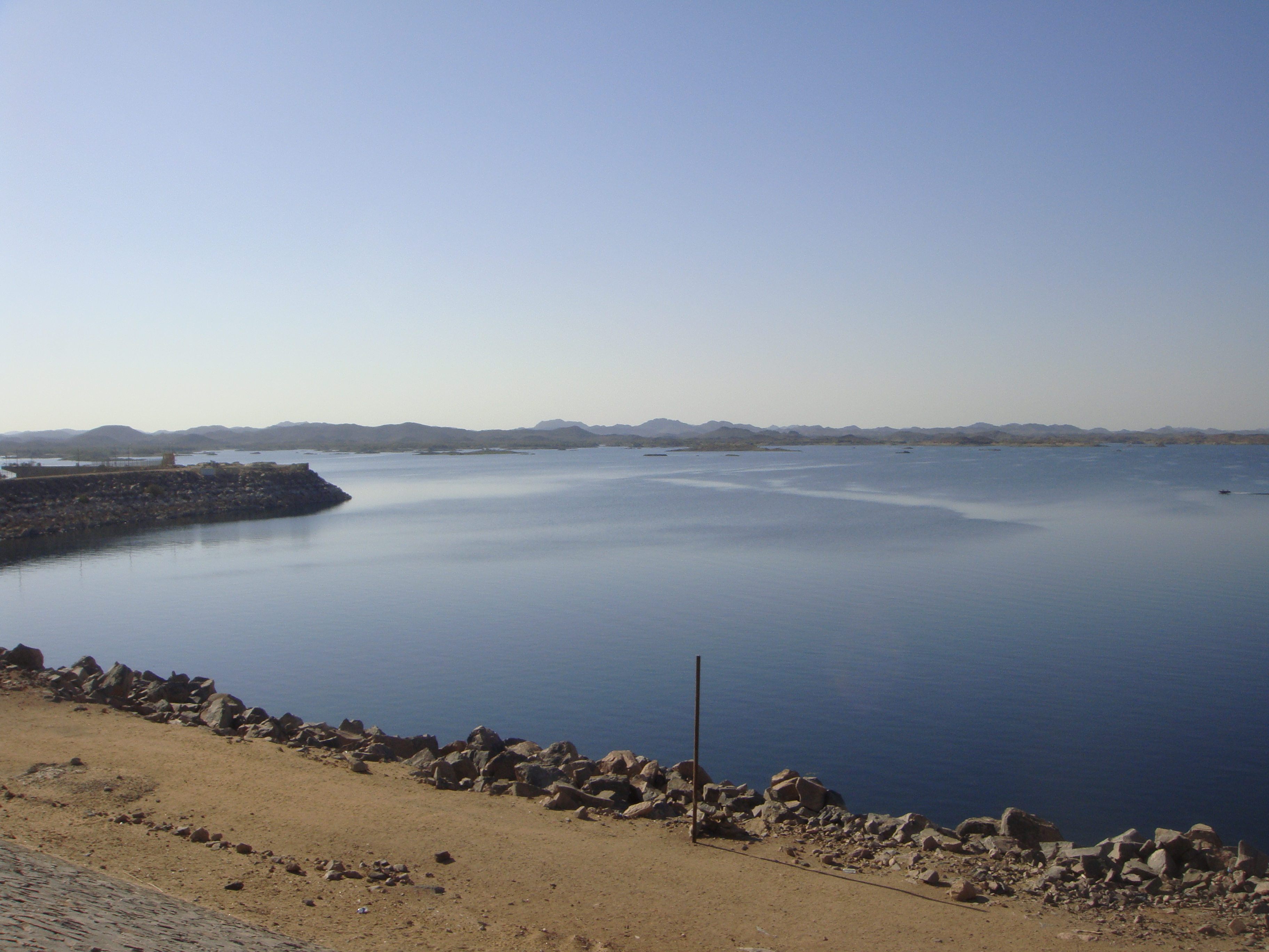 aswan dam Media in category aswan high dam the following 90 files are in this category, out of 90 total.
